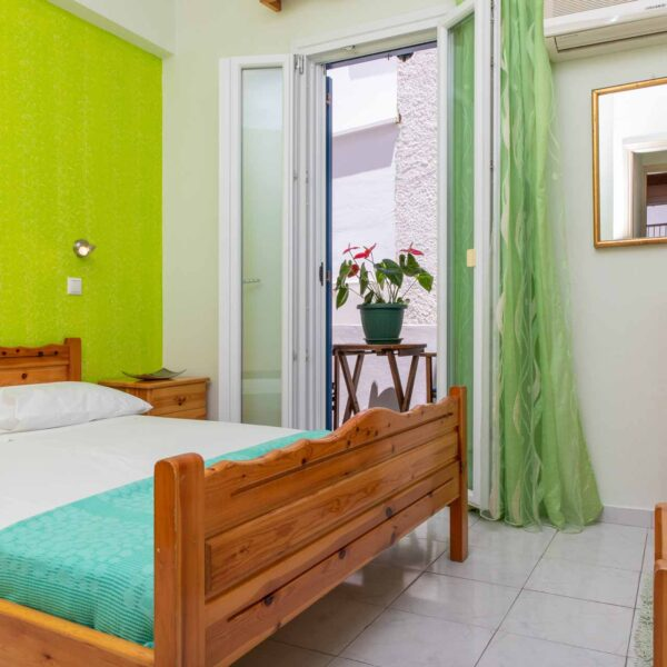 naxos-apartments-marina-studios-18